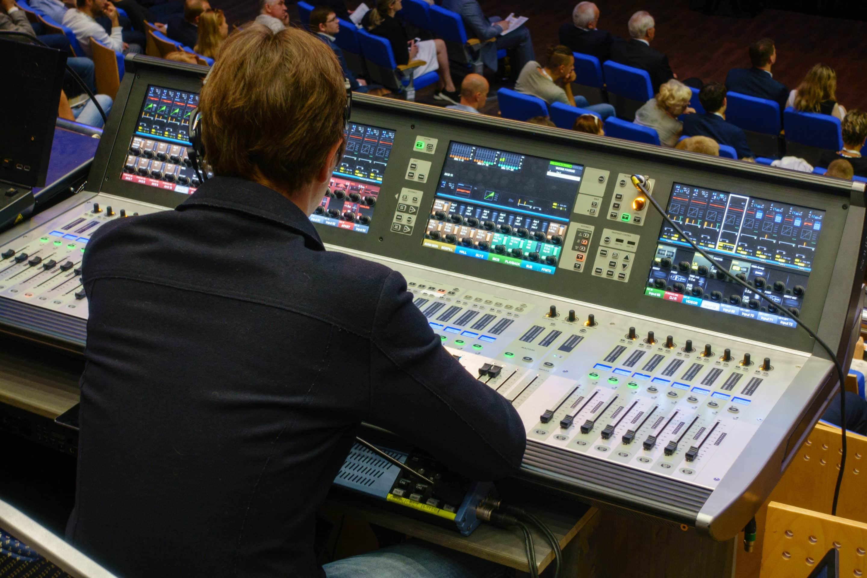 Ljudtekniker på event